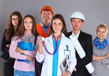 Zaměstnanecká karta pro cizince: Jak ji vyřídit? - InfoCizinci