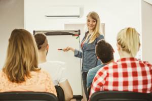 Studium zahraničních studentů v ČR – jaké mají povinnosti?